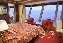 Owners Suite on the Norwegian Dawn